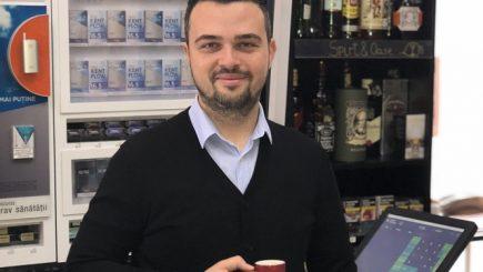 Născut în România anului 1989, antreprenor în România de acum