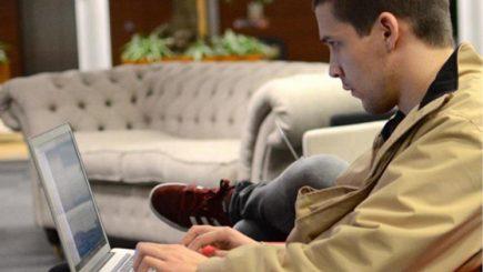 Românul care a lucrat la Facebook și s-a întors în țară pentru a ușura relația cetățenilor cu statul