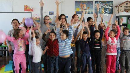 Educația schimbă comunități