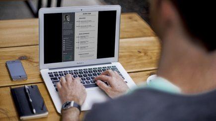 Câteva greșeli de e-mail care v-ar putea costa slujba