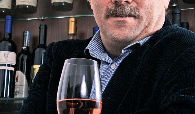 Cavalerul Alb al vinului romanesc