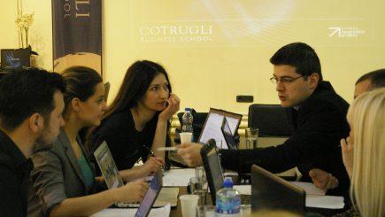 Cotrugli Business School pune la bătaie 12 burse MBA