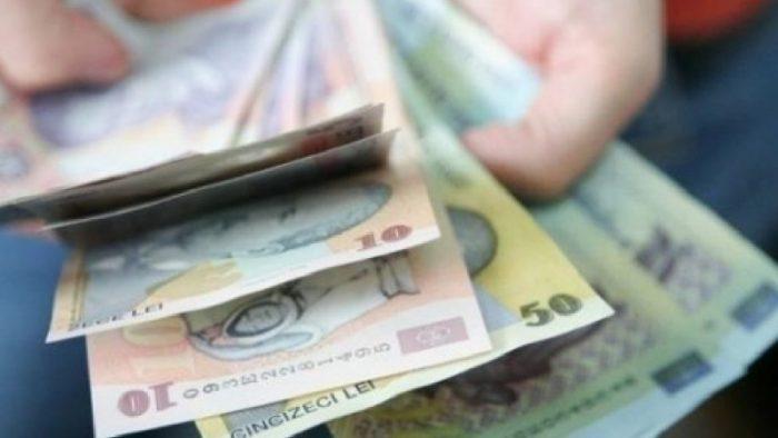 Vor fi creșteri salariale în 2017? Răspunsuri surprinzătoare date de români