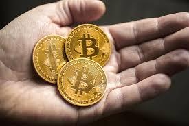 Manageri importanți recurg la plasamentele în monede digitale
