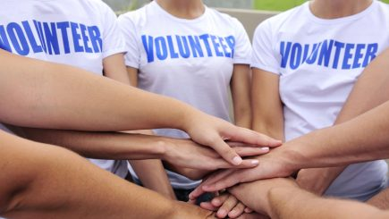 Voluntariatul – Legalitatea unei experiențe profesionale
