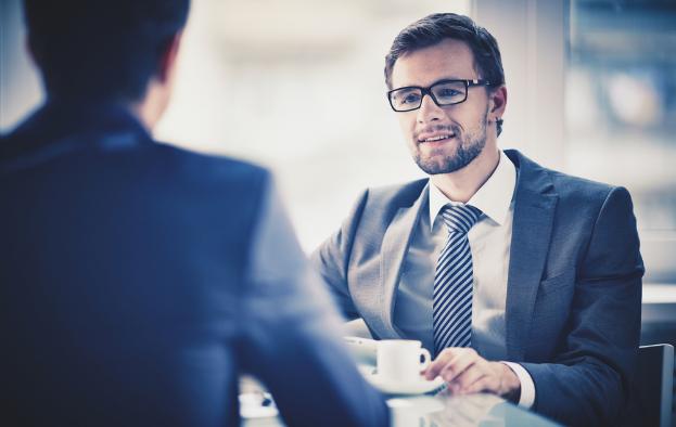 5 detalii esențiale la care este atent orice angajator când te intervievează