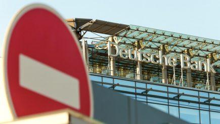 Deutsche Bank luat o decizie incredibilă. Ce le-a interzis angajaților să facă