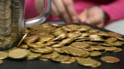 Românii se consideră o naţie generoasă. 77,3% din populaţie a donat bani cel puţin o dată în ultimul an