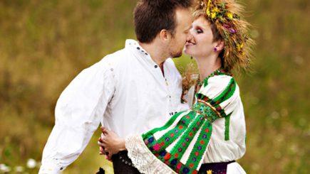 Dragobetele sărută fetele: Cum se sărbătorește Zeul Dragostei la români