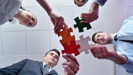 Cum să atragi oamenii potriviţi în echipa ta?