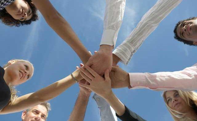 Cum să construieşti o echipă sinergică