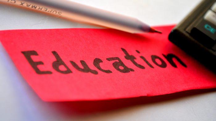 Program de educaţie financiară pentru elevii de gimnaziu