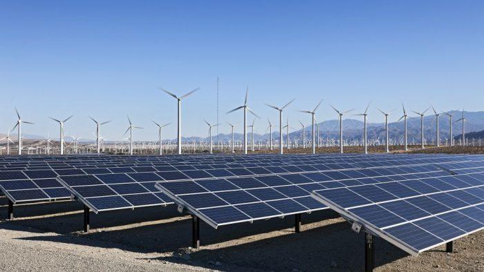 România nu mai este la fel de atractivă pentru investițiile în energia regenerabilă
