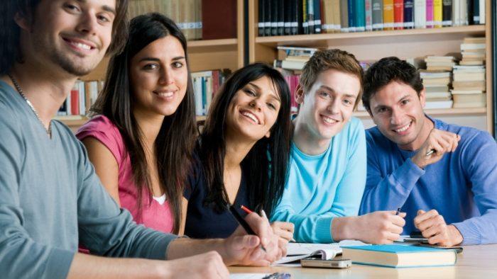Ce facultăți îți aduc cele mai bune perspective de angajare