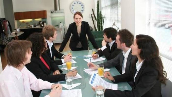 Guvernul a tăiat din bugetul femeilor care vor să devină antreprenor