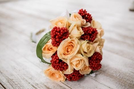 Este ziua voastră, dragelor Flori!
