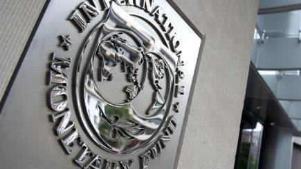 Salariul minim pe economie ar putea ajunge la 1.200 lei