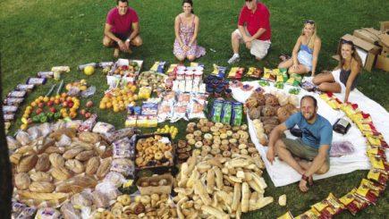 Românii învaţă să nu mai arunce mâncarea!