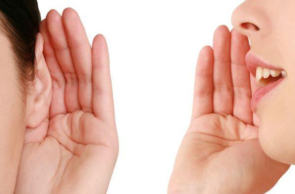 Jumătate dintre români, diagnosticaţi cu deficienţe de auz