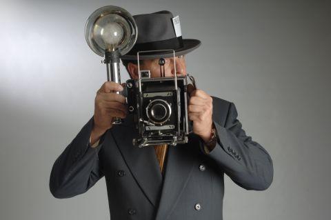 Cursuri gratuite pentru fotoreporteri şi operatori imagine