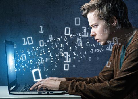 Mitul geniului în IT care abandonează facultatea ca să înceapă o afacere