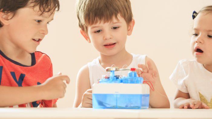 Cum faci din tehnologie prietenul de încredere al copilului