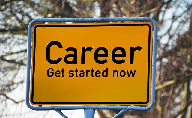 Detaliul care face diferenţa la un CV: Sfatul tinerei care a obţinut internship-uri la Google, Facebook şi Morgan Stanley