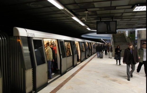 Angajaţii de la metrou ar putea declanşa o grevă generală