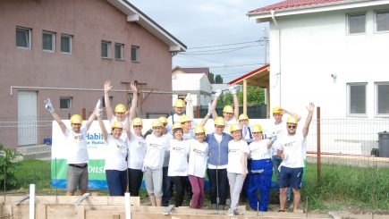 Forțe proaspete pentru comunitatea Habitat for Humanity din Ploiești