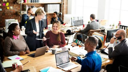 Metoda simplă de a menține angajații mai fericiți la locul de muncă