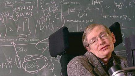 """Hawking: """"Mă tem că evoluţia a generat lăcomie şi agresivitate în genomul uman"""""""