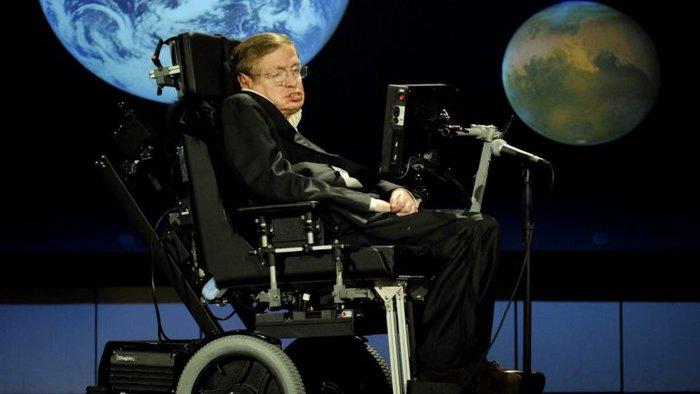 Burse create în semn de omagiu adus astrofizicianului Stephen Hawking