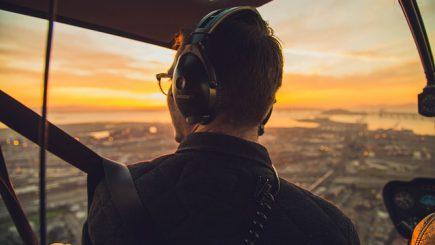 După 5 ani de negocieri, conducerea Lufthansa a decis să majoreze în sfârşit salariile piloţilor săi