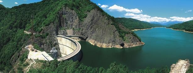 """Hidroelectrica face angajări. Trebuie să rezolve """"un deficit acut de personal"""" înainte de listare"""