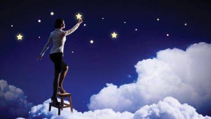 Fascinați de horoscop? Cum veți evolua în carieră, în anul 2017
