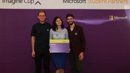 Studenții români care au câștigat finala Microsoft Imagine Cup 2016 la categoria Innovation