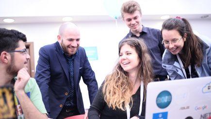 Innovation Labs 2017: Cine sunt cei 24 de câştigători ai hackathonului din Bucureşti