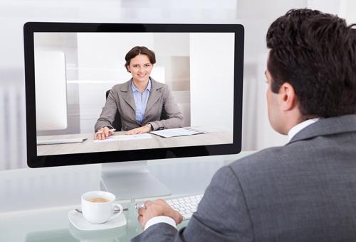 Interviul de angajare prin Skype. Cum procedezi