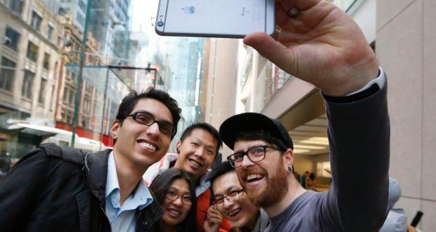 Vreți un iPhone la mâna a doua? Ce trebuie să știți