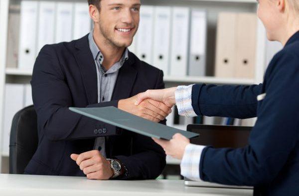 JOBURI. Peste 15.500 de locuri de muncă vacante în toată țara