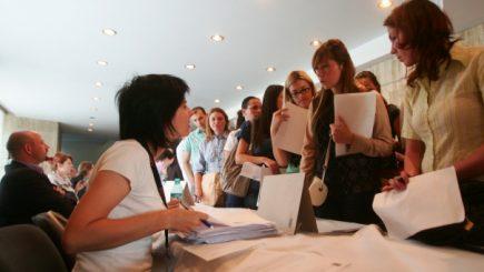 JOBURI. Peste 11.850 de locuri de muncă vacante astăzi în ţară