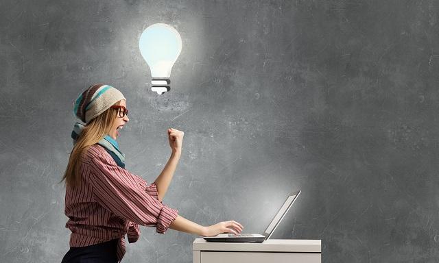 Românii au descoperit avantajele muncii online: Cel mai bine plătite joburi pe care le poţi face de acasă