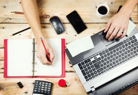 Cum poți face o afacere pornind de la un simplu site