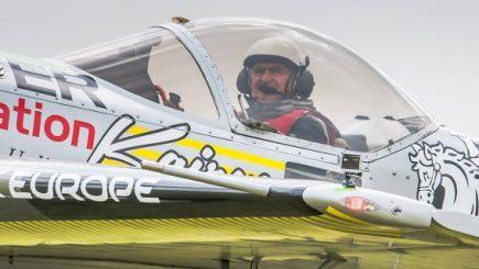 Pilotul acrobat lituanian Jurgis Kairys și-a anunțat prezența la BIAS