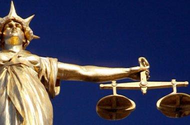 Justiția, victimă propriului servilism