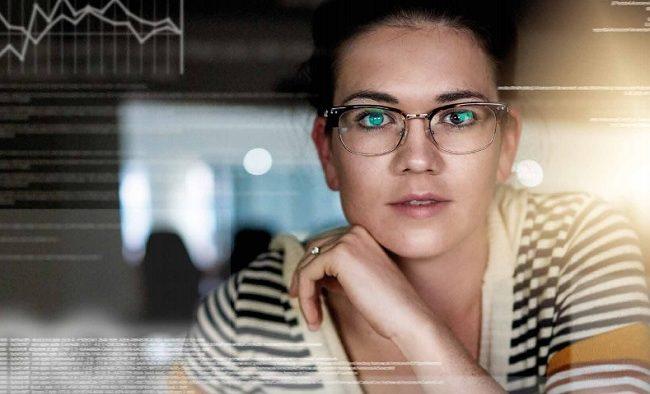 Importanța încurajării femeilor pentru a urma cariere în IT