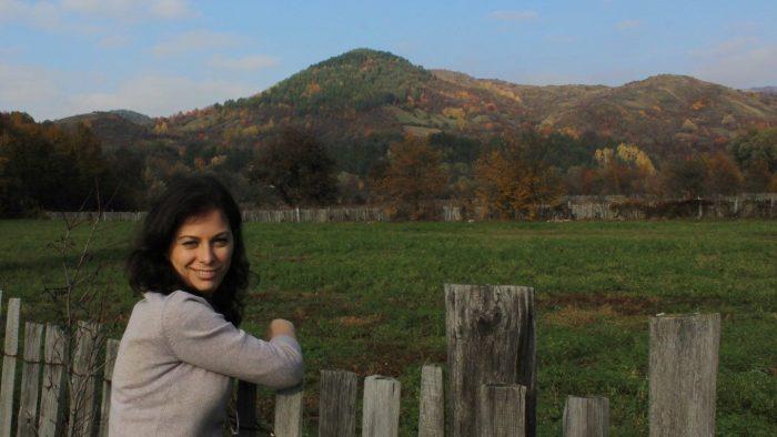 Liana Buzea plantează fapte bune în România