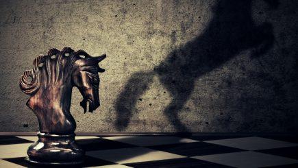 De ce oamenii de valoare ai zilelor noastre preferă să stea în umbră? Leadershipul de criză (I)