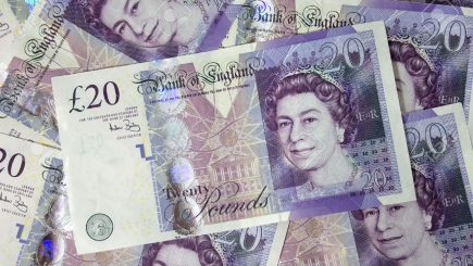 Brexit: George Soros nu a pariat împotriva lirei sterline