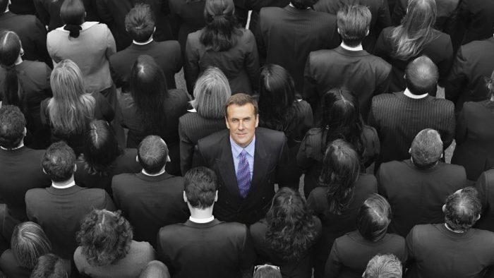 5 lucruri mărunte care te pot ajuta să te faci remarcat la job
